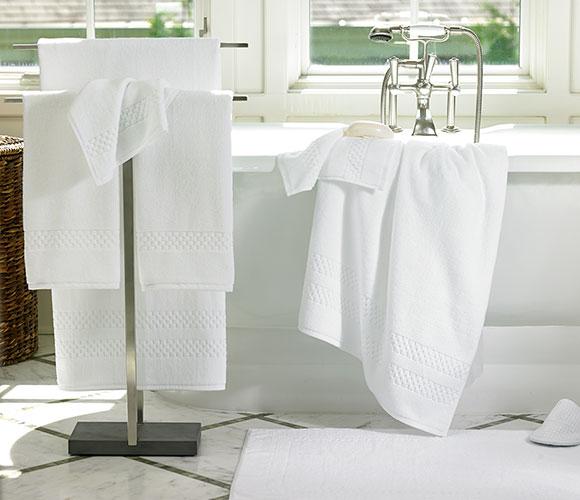 The Ritz Carlton Hotel Shop Bath Towel Set Luxury Hotel Bedding Linens And Home Decor