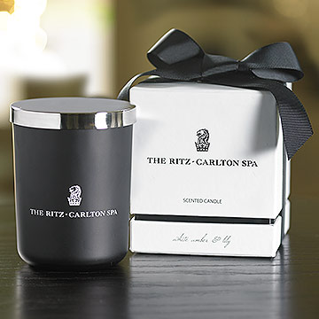 The Ritz-Carlton Spa White Amber & Lily Candle