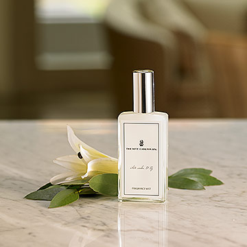 The Ritz-Carlton Spa White Amber & Lily Fragrance Mist