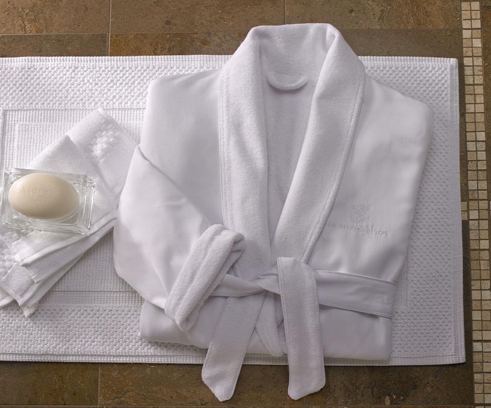 3dd9a9c520 Ritz-Carlton Hotel Shop - Microfiber Robe - Luxury Hotel Bedding ...