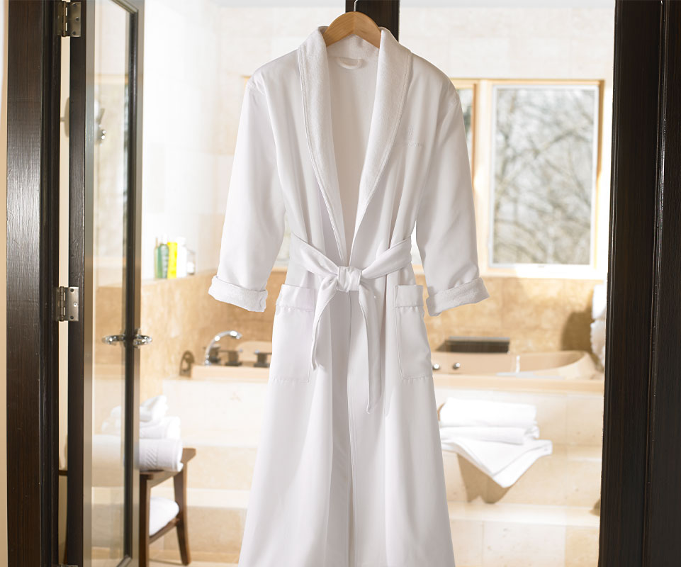 1e60282997 Ritz-Carlton Hotel Shop - Robes - Luxury Hotel Bedding