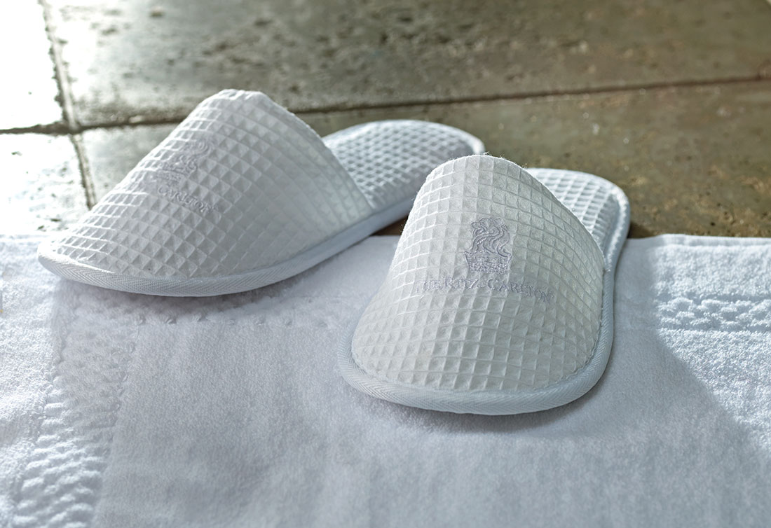 Ritz Carlton Hotel Shop Waffle Slippers Luxury Hotel Bedding Linens And Home Decor